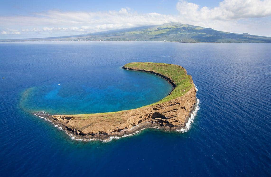 molokini crater maui hawaii